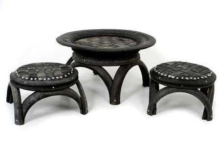 sculpture sur pneu 2 square oueb. Black Bedroom Furniture Sets. Home Design Ideas